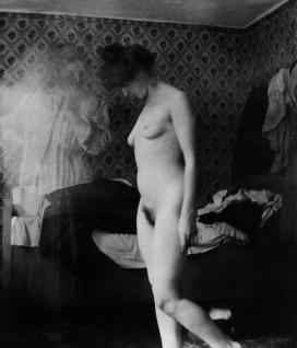 Foto av modell Rosa Meissner i Berlin, tatt av Edvard Munch Fotorettigheter: Foto: The Robert Meyer Collection / © Munchmuseet 2013