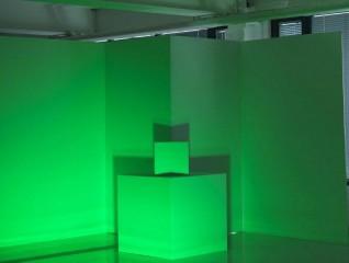 Fargeworkshop som kan brukes i formidlingsøymed. Ikke et av verkene i utstillingen. Skal monteres i eget rom. Farge: grønn alene. Foto: Børre Høstland, Nasjonalmuseet