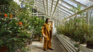Om tørre ting, Sebastian Makonnen Kjølaas, kostyme og foto: Siri Hjorth