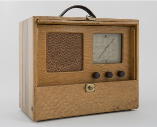 Kong Haakons radio, fra oppholdet i England under krigen  Foto: Jan Haug, Det kongelige hoff