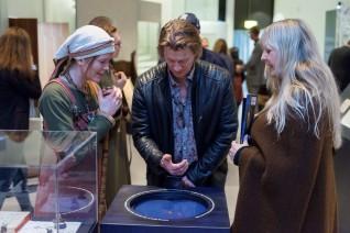 En ekte gullring fra vikingtiden. Utlån fra Kulturhistorisk museum. Foto: Annar Bjørgli, Nasjonalmuseet