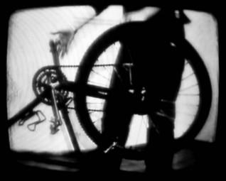 Sophie Clements, Bicycle Samba, 2007, stillbilde fra video